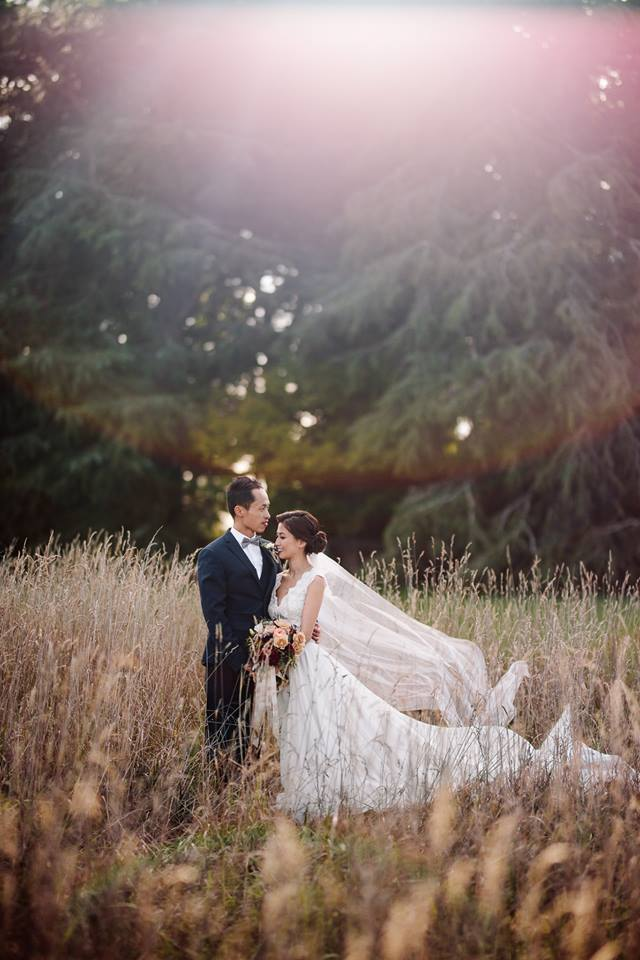 Bride and Groom at Bendooley Estate, Southern Highlands NSW